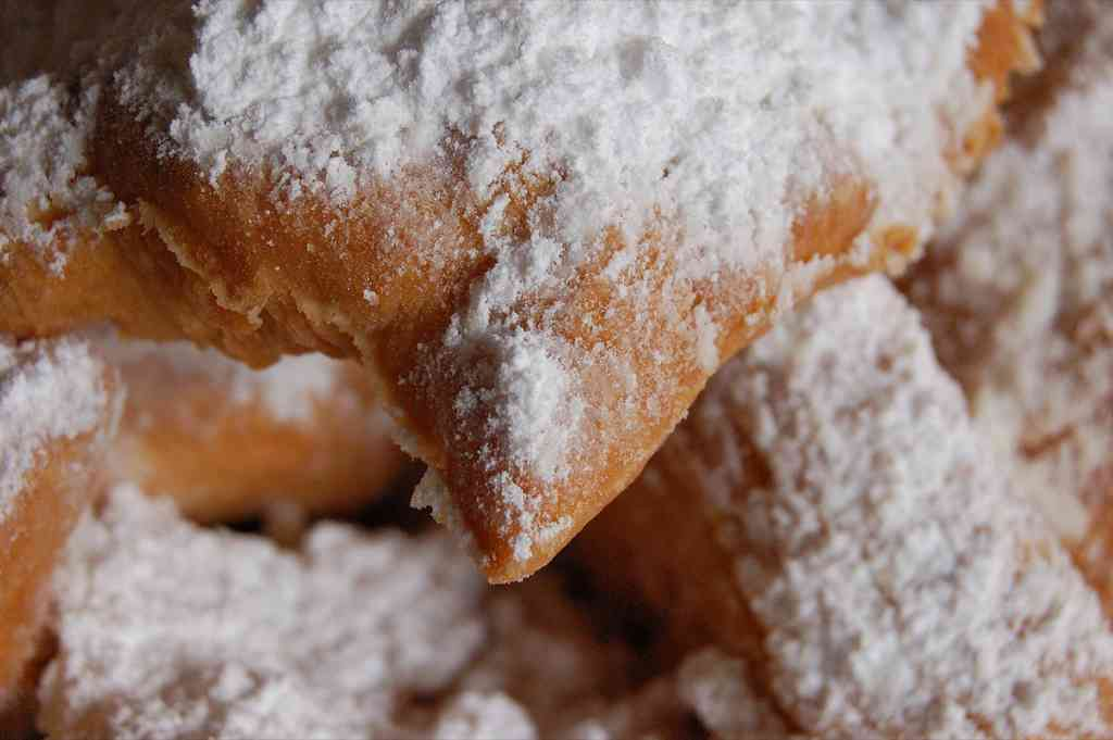 Frappe (beignets ou bugnes corses)